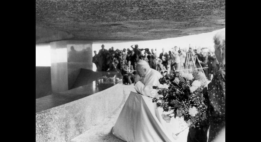 Zoom image: Wizyta papieża Jana Pawła II, 9 czerwca 1987