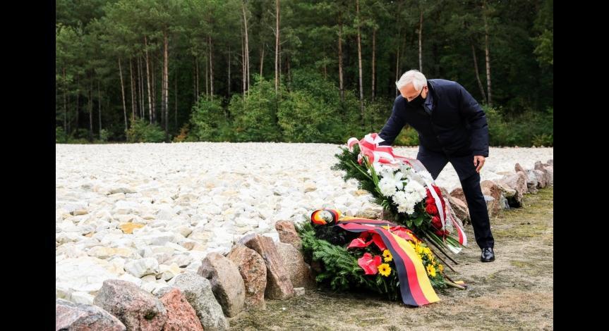 77. rocznica powstania więźniów niemieckiego obozu zagłady w Sobiborze
