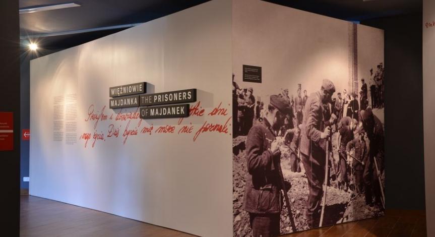 Powiększ obraz: Wystawa Więźniowie Majdanka