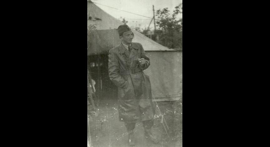 Powiększ obraz: Stefan Przesmycki podczas służby wojskowej w lotnictwie