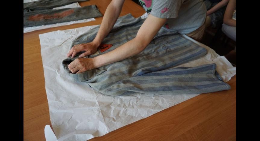 Powiększ obraz: Zajęcia edukacyjne dla uczniów ze Szkoły Podstawowej i Gimnazjum dla Niewidomych w Laskach