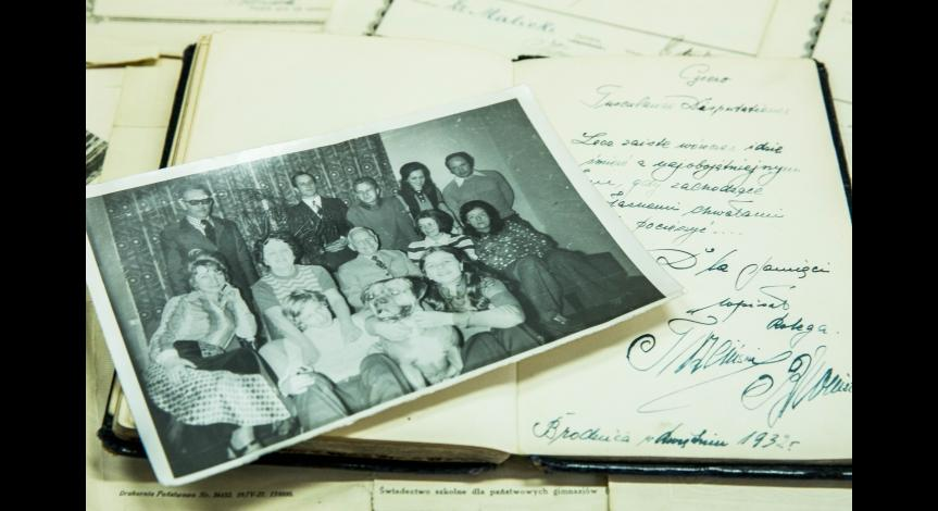 Kolekcja pamiątek po doktorze Janie Klonowskim w zbiorach Państwowego Muzeum na Majdanku