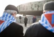 Pokaż powiększenie powyżej: Pamięć o ofiarach Holokaustu