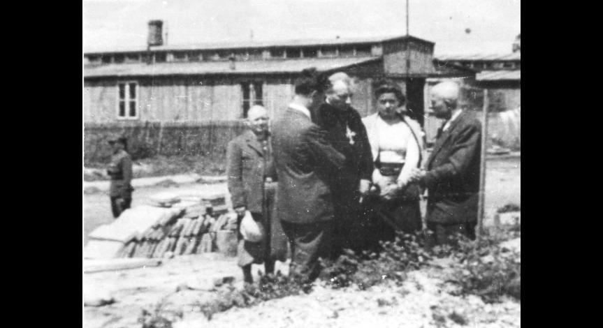 Zoom image: Fr. Stefan Wyszyński near the ashes of the Majdanek victims, 1946