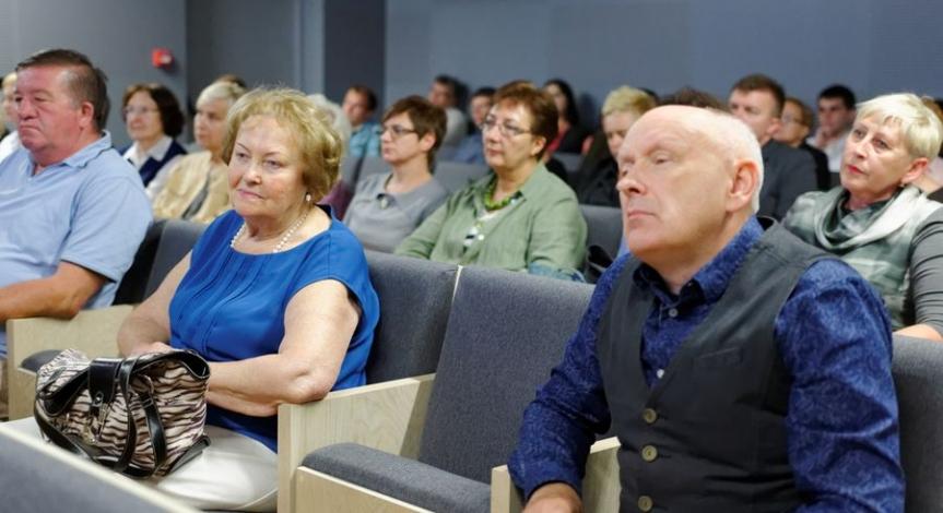 Powiększ obraz: 70. rocznica otwarcia pierwszej stałej wystawy na Majdanku - dyskusja panelowa i promocja najnowszej książki