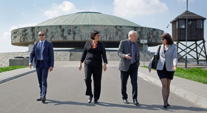 Powiększ obraz: JE Ambasador Izraela z wizytą w PMM