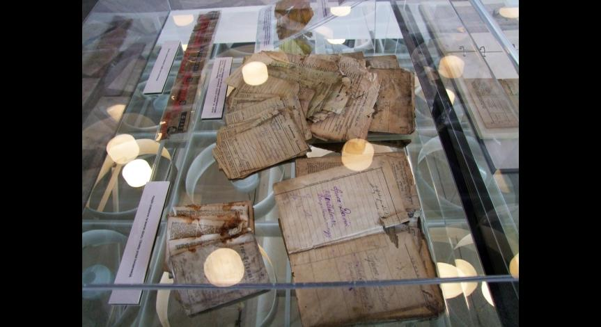 Zoom image: Evidence of Crime – Memory Deposits. The conservation-restoration of artifacts and documents from the concentration camp at Majdanek