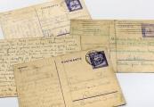 Pokaż powiększenie powyżej: Kartki pocztowe wysyłane do więźniów obozu