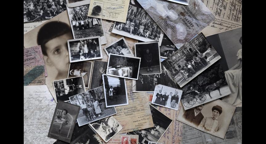Powiększ obraz: Fragment zbioru fotografii