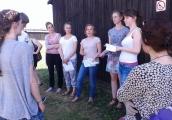 Pokaż powiększenie powyżej: Wolontariusze Stowarzyszenia Akcja Znak Pokuty poznają historię Majdanka