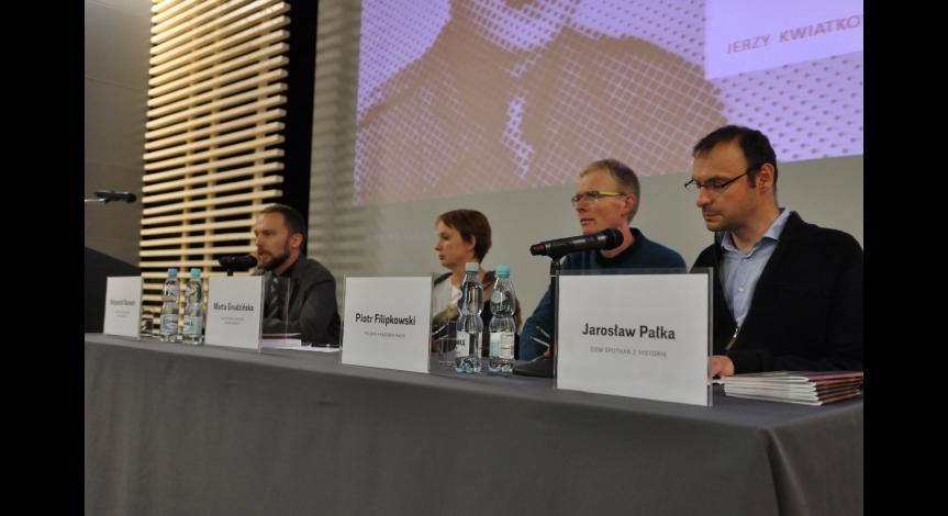 Powiększ obraz: Uczestnicy panelu dyskusyjnego