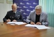 Pokaż powiększenie powyżej: dyrektor OISW w Lublinie płk Włodzimierz Jacek Głuch, dyrektor PMM Tomasz Kranz
