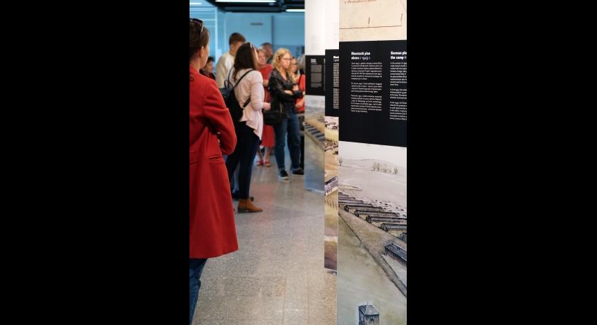"""Powiększ obraz: Nowa wystawa czasowa """"Przestrzeń pamięci – topografia KL Lublin a teren Państwowego Muzeum na Majdanku"""""""
