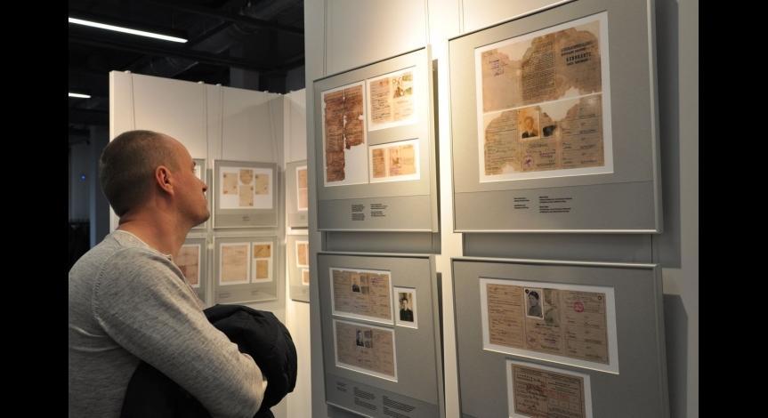 Powiększ obraz: Świadectwa życia w miejscu zagłady - otwarcie wystawy