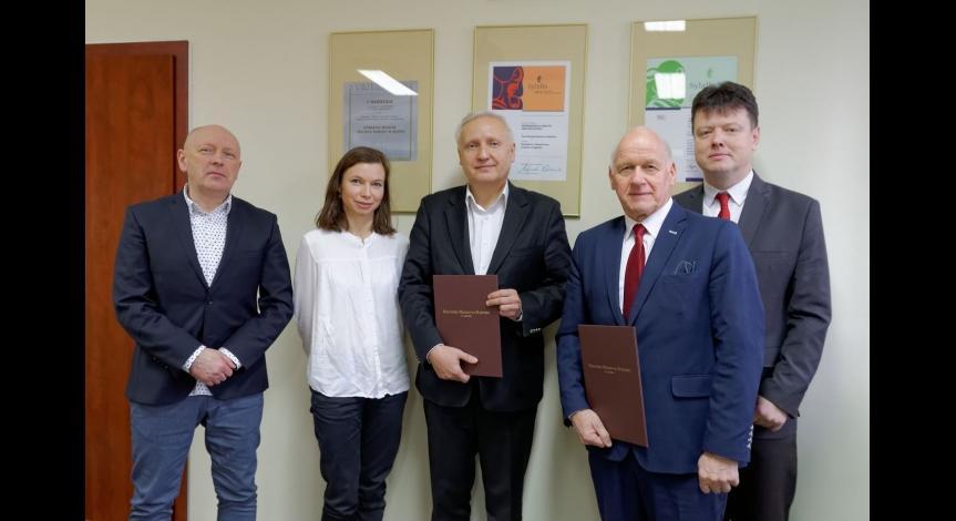 Powiększ obraz: Współpraca Muzeum na Majdanku i Liceum im. S. Staszica