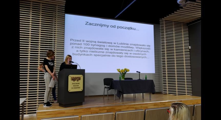 Powiększ obraz: Prezentacja projektów młodzieży