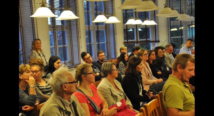 Powiększ obraz: Majdanek w pamięci rodzinnej - spotkanie poświęcone Helenie Pawluk