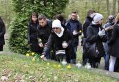 Pokaż powiększenie powyżej: Dzień Pamięci Ofiar Holocaustu