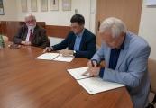Pokaż powiększenie powyżej: Podpisanie listu intencyjnego między Instytutem Hoovera a PMM