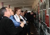 """Pokaż powiększenie powyżej: Otwarcie wystawy """"Res non humana - rzecz nieludzka. Okupacja niemiecka Zamojszczyzny 1939-1944"""""""