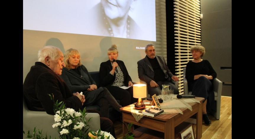 Zoom image: All Souls' Day at Majdanek. Commemoration of Wanda Ossowska (1912–2001)