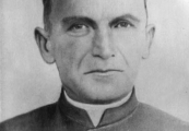 Show larger image above: Fr. Emilian Kowcz - blessed priest from Majdanek