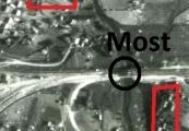 Pokaż powiększenie powyżej: Miejsca dotknięte bombardowaniem podczas ataku na most kolejowy na Wrotkowie