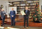 """Pokaż powiększenie powyżej: Monografia """"Majdanek w dokumentach"""" nagrodzona"""