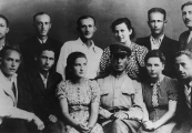 Show larger image above: Survivors from Sobibór. Lejba Feldhendler in the upper right corner, August 1944 / USHMM