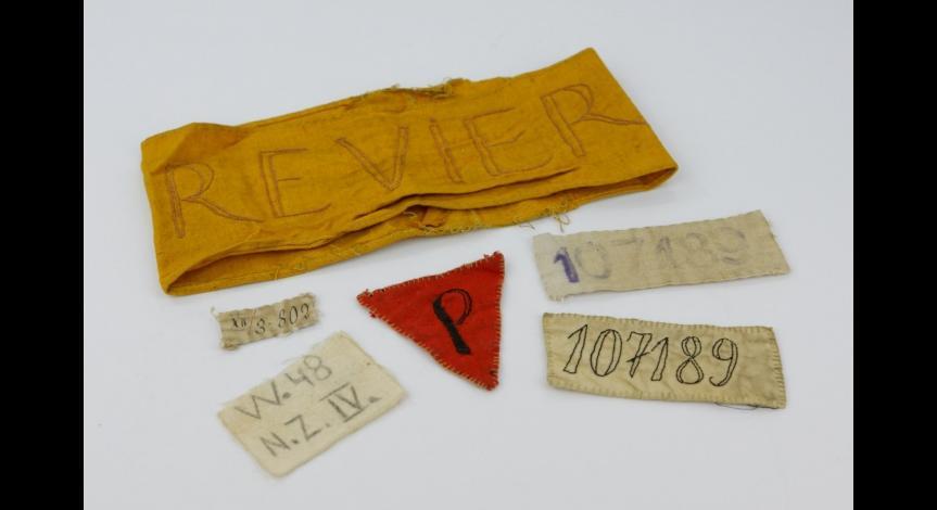 Powiększ obraz: Oznaczenia więźniarskie