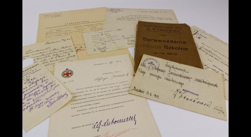 Powiększ obraz: Przedwojenne dokumenty Stefanii Perzanowskiej