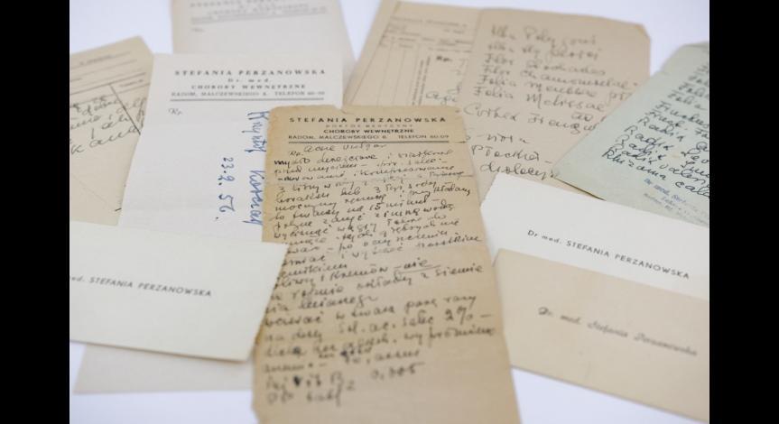 Powiększ obraz: Recepty i wizytówki doktor Perzanowskiej