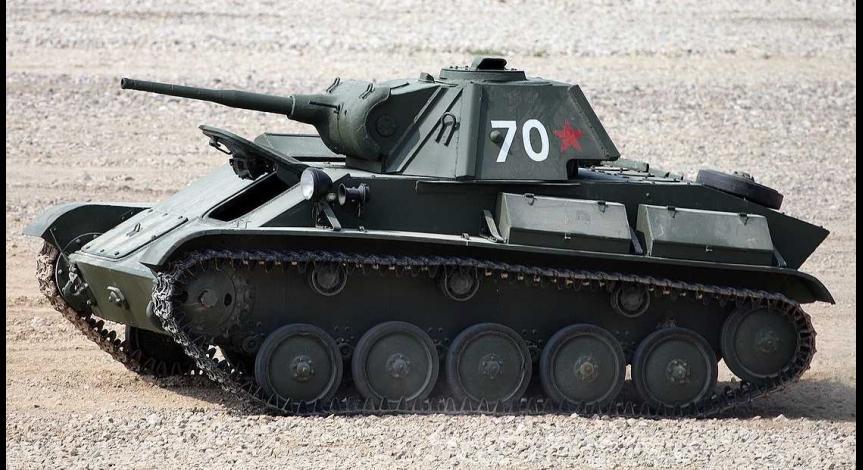 Sowiecki czołg rozpoznawczy T-70