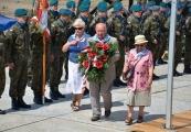 Pokaż powiększenie powyżej: Obchody 70. rocznicy likwidacji KL Lublin, 2014. Na zdjęciu od lewej: Jadwiga Wakulska, Zdzisław Badio, Janina Mielniczuk