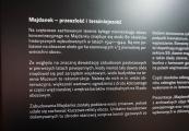"""Pokaż powiększenie powyżej: Stanowisko Państwowego Muzeum na Majdanku dotyczące programu """"Tu i teraz – widzę, słucham, pytam"""""""