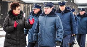 Workshops for prison officers